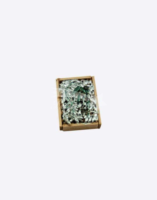 Cassetta in legno con alici in terracotta