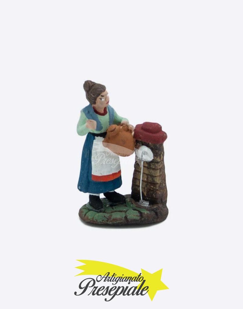 Donna alla fontana 5 cm