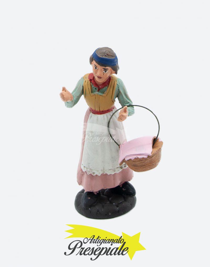 Donna con panni 10 cm